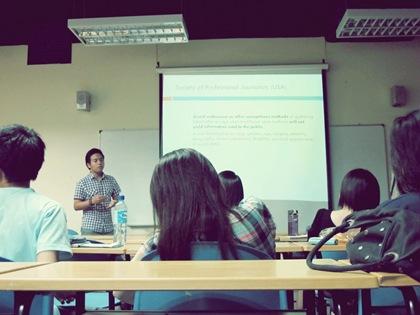 Raffi presenting