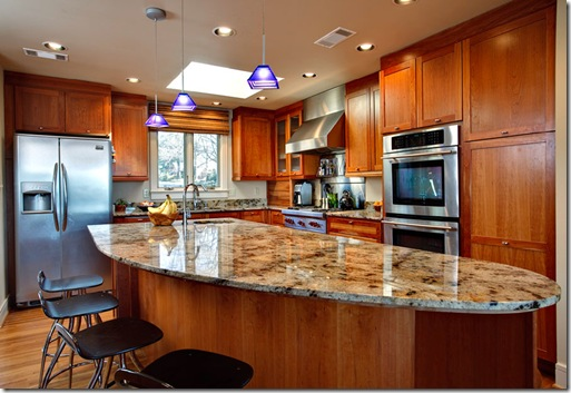 7501 Kingwood_kitchen2