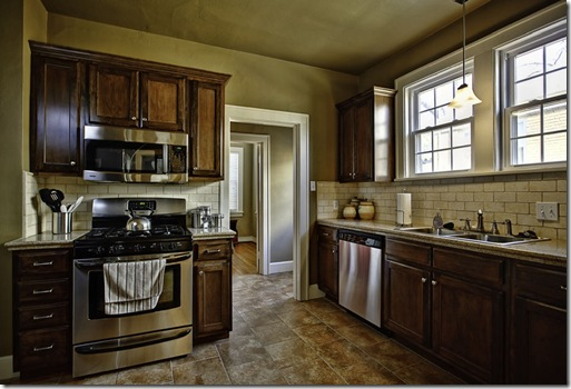 224 Valmar_kitchen