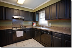 7 Reservoir Heights_kitchen
