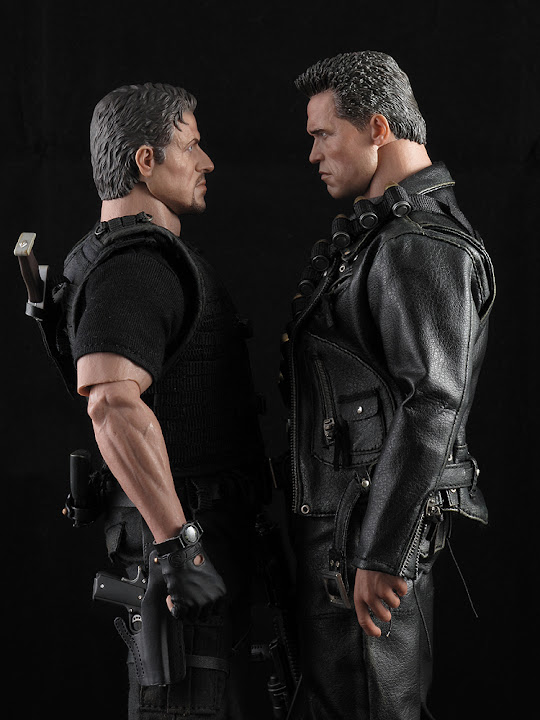 "HOTTOYS (figurine 12"" THE EXPENDABLES) - Page 5 ROSS%20036"