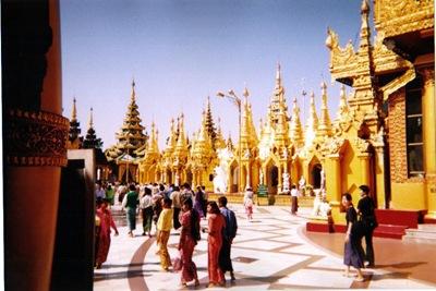 myanmar_yangon_shwedagon_paya2