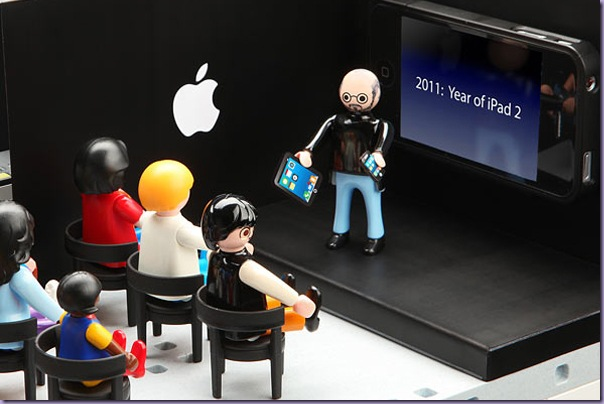 Apple-Store-Playmobil-Steve-Jobs