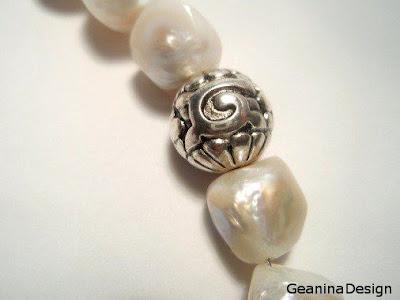 Colier din perle albe Biwa cu incheietoare din argint.