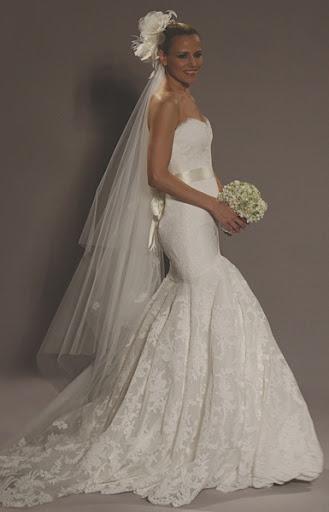L192 ; Romona Keveza Elegant  Bridal Gown Design