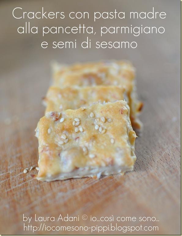 Crackers con pasta madre alla pancetta e parmigiano