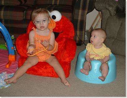 sisterschairs2