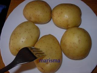 filetes de ternera empanados con patata asada, patatas