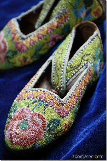 Kasut Manek (Beaded Shoe) by zoom2see.com