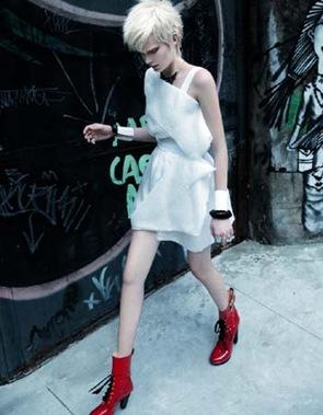272-moda-verao-2011-tendencia-branco-punk-light-melhor-da-estacao-vestido