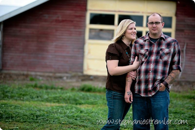 Family9-26-09Lindsey&LeviLyndenPhotographer-111