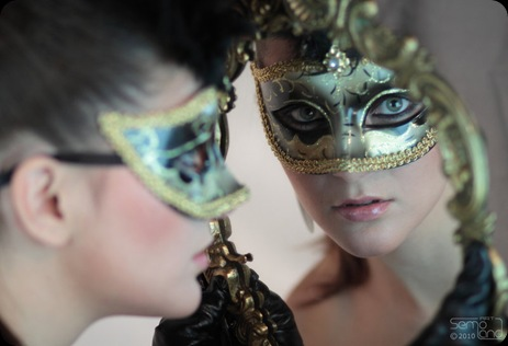 It_comes_the_Masquerade_time_2_by_semoland