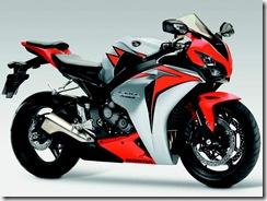 Honda_CBR_1000RR_Fireblade_C-ABS_3