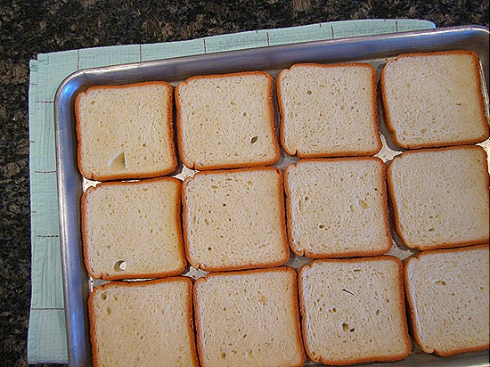 Sliced White Bread, For Stuffing & Caramelized Tomato Pudding