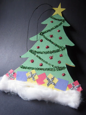Construction Paper Christmas Tree Decoration