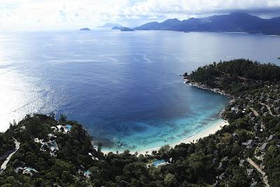 Four%20Seasons%20PR%20Seychelles%20beach Four Seasons Private Residences Seychelles