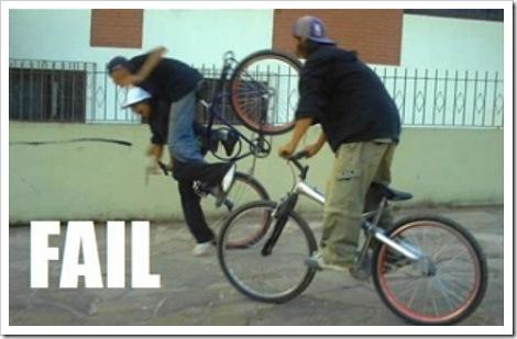 http://lh6.ggpht.com/_2VEaTPMR9yw/Sdkgch4mZuI/AAAAAAAAASo/gB7XdtsU8Mo/bicycle_fail_falling2.jpg?imgmax=800