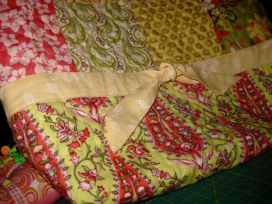 Bolso sencillo de patchwork manualidades - Manualidades patchwork bolsos ...