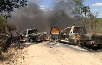 carros-queimados-des