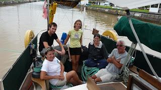 Die Crew: Christie, David, Sonja, Olga, Jany.