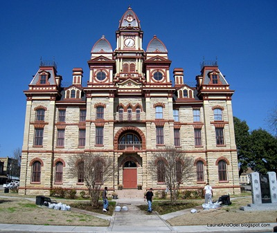 Lockhart's ornate courthouse