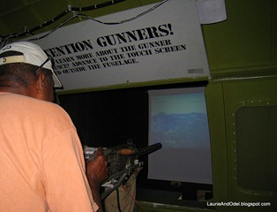 Odel at the gunnery simulator