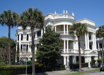 Reputed to be Charleston's most photographed house.