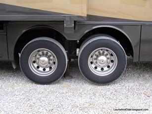 Tires off ground