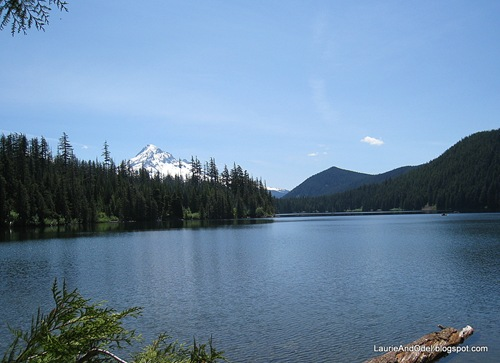 Mt. Hood from Lost Lake on a sunny day.