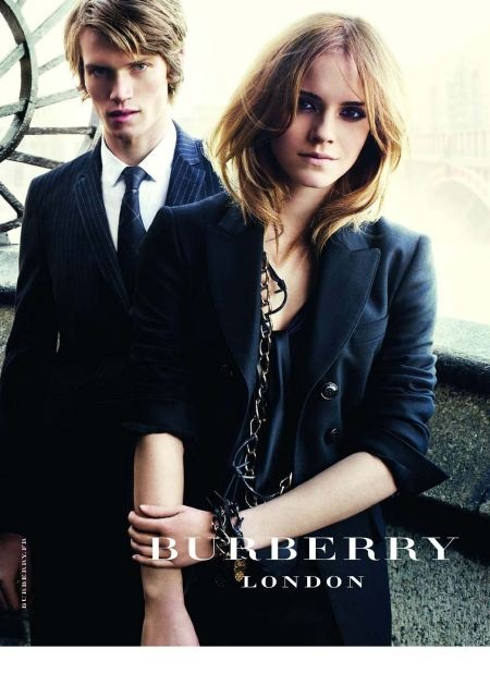 Vogue n899 - Aout 2009-burberry-london