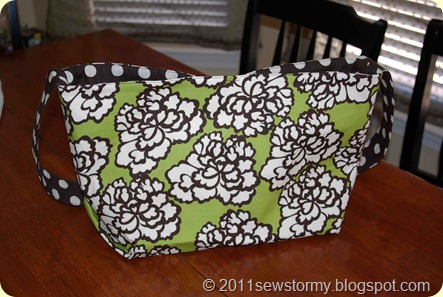 Dot and Flower Purse Back