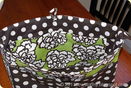 Dot and Flower Purse inside