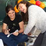 Alunas Ana Júlia e Betânia na Oficina da Poesia.jpg