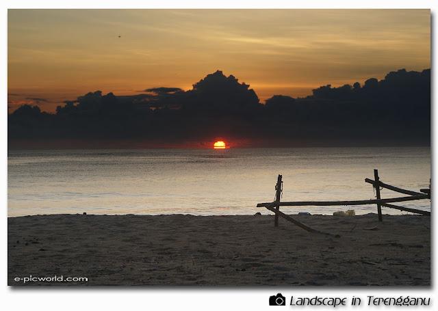 sunrise and seascape picture