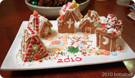 12 14 10 gingerbread houses