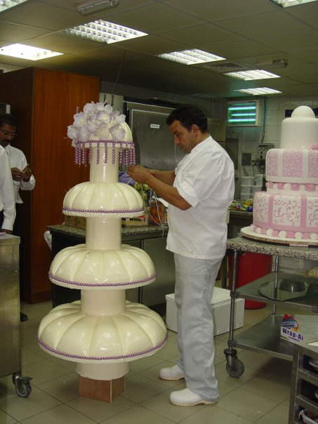 Fwd: FW: Royal wedding cakes in Kuwait