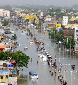 Situation in chennai - flood flood flood... although this was not on the news caz of mumbai terror