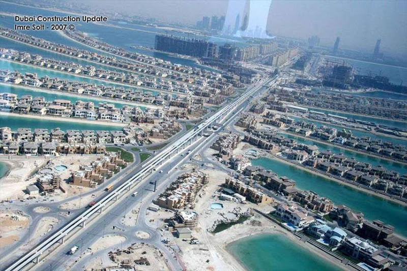 FW: Every House Has A Beach in Dubai Reall Amzing pictures....