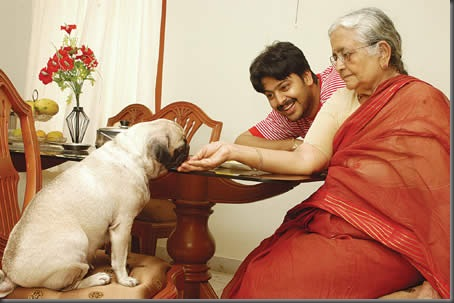 Actor Srikanth at home