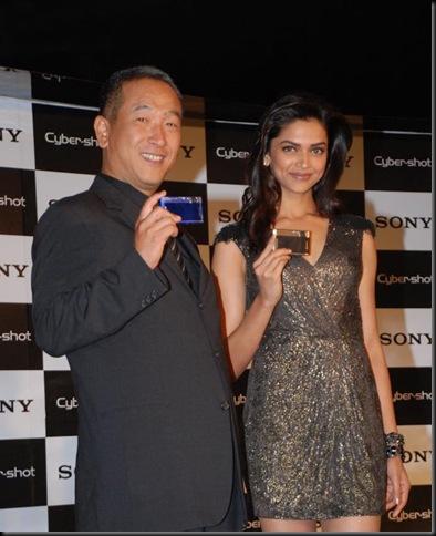4Deepika Padukone Sony Cyber Shot brand ambassador
