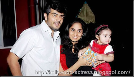 ajith-shalini-daughter-baby-anoushka-first-birthday-celebration-stills 05