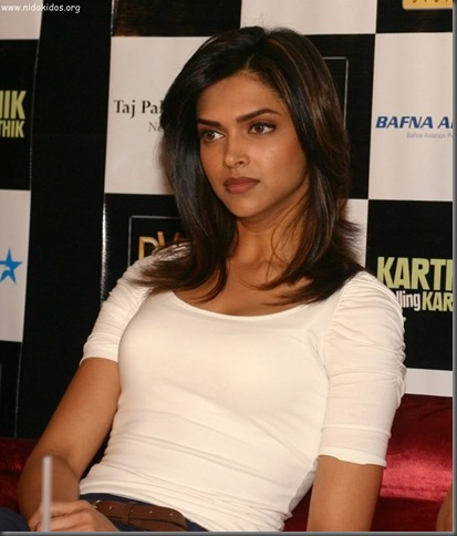 2deepika padukone hot pictures 310510
