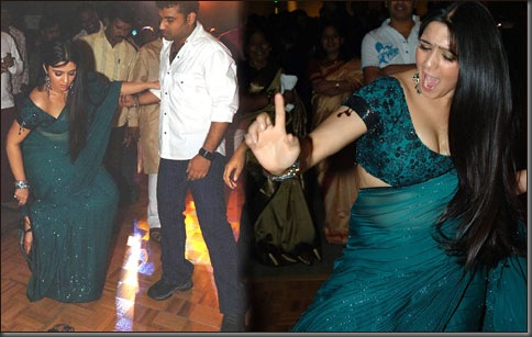 Charmi and Devi Sri Prasad danced together in a pub