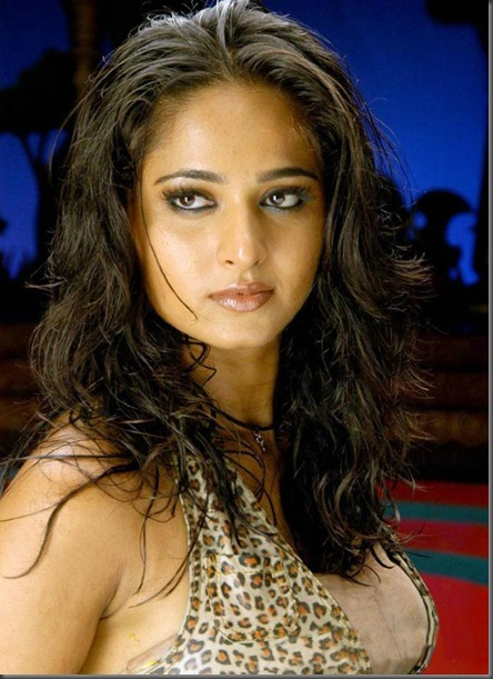 Anushka Shetty sexy pictures2