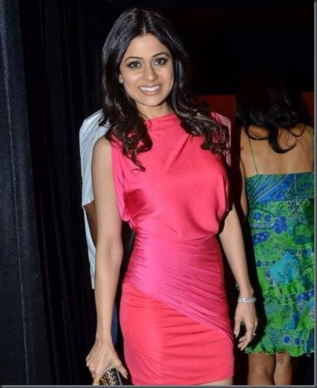 Shamitha-Shetty-Lakme-Fashion-week-2