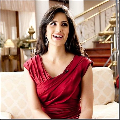 katrina-kaif-hot-pics-in-red-15