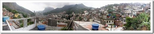 800px-Es2006_faveladarocinha