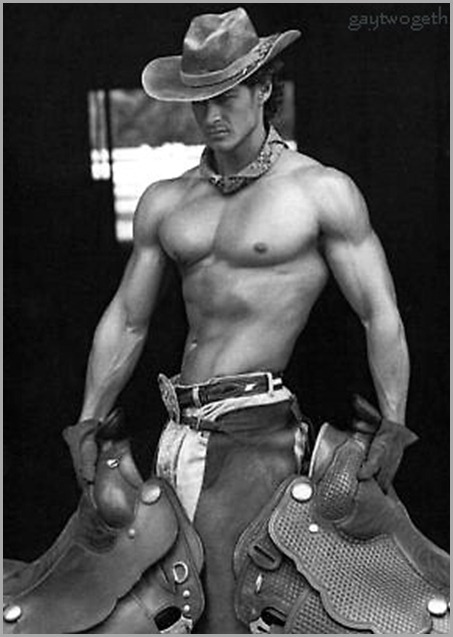 shirtless_cowboy-3159