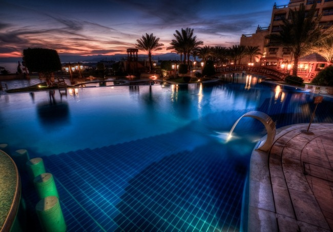 Aqaba Sunset Pool