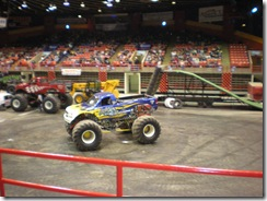 monster trucks 011